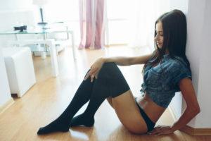 Les 10 raisons pour lesquelles tu es célibataire #2 : Ta meilleure ennemie