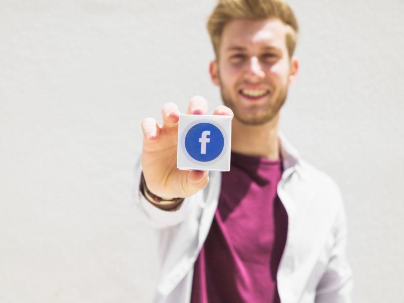 Technique de drague sur facebook
